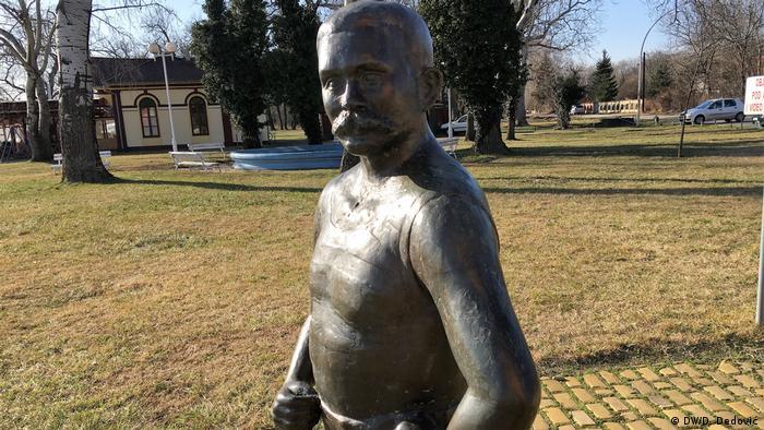 Spomenik Lajošu Vermešu, Palić