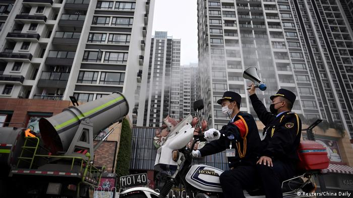 China Guangzhou Desinfektion China Coronavirus Sars BDTD (Reuters/China Daily)