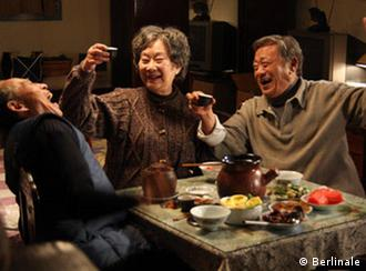 Scene from 'Tuan Yuan' (Apart Together) - best screenplay