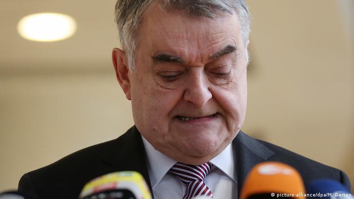 Deutschland PK Innenminister Herbert Reul
