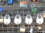 Замки, истории, судьбы, - ключ к ним на дне Рейна
