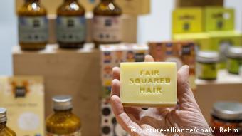 Φυτικά συστατικά και λιγότερο πλαστικό - θα καταφέρει να εδραιωθεί στην αγορά;