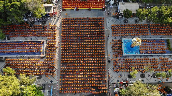 Monks gather for a mass prayer (Getty Images/J. Klein)