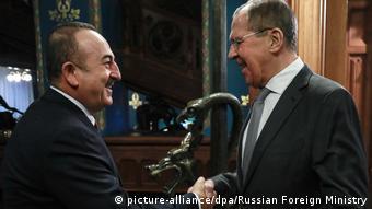 Мевлют Чавушоглу и Сергей Лавров. Фото из архива, январь, 2020