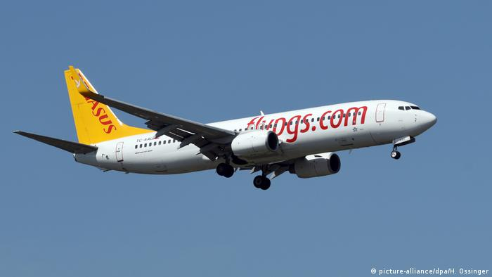 Pegasus Airlines Boeing 737 (picture-alliance/dpa/H. Ossinger)