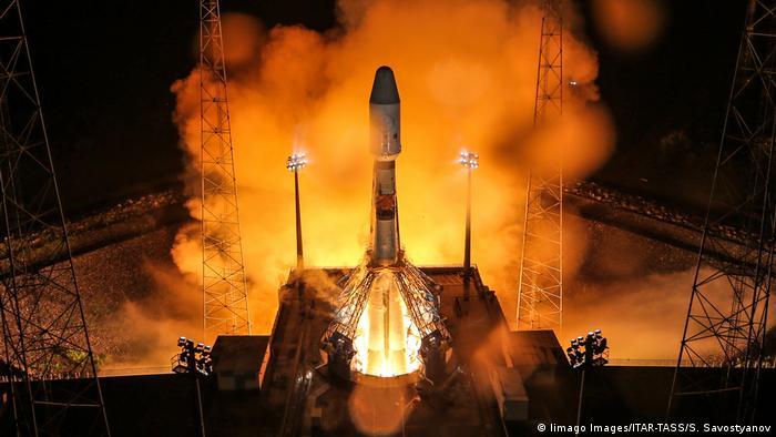 Запуск ракеты-носителя Союз-СТ с космодрома Куру (фото из архива)