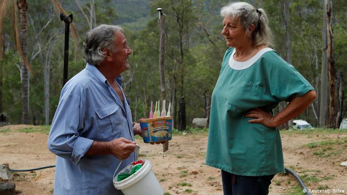 Julie Willis y Gary Wilson sacrifican tiempo y dinero por sus protegidos.