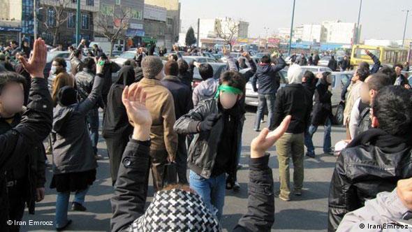 صحنهای از حضور سبزها در روز ۲۲ بهمن