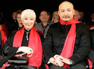 王全安和该片主演卢燕在柏林电影节上