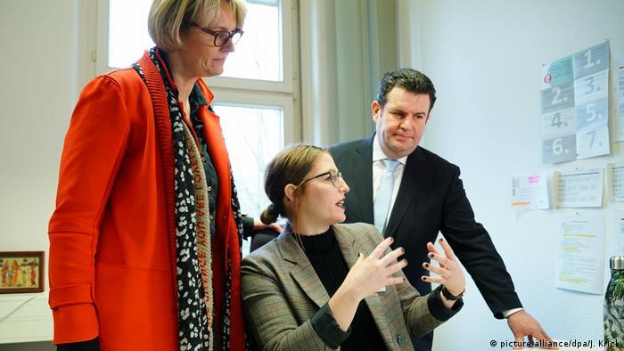 Eröffnung der Zentralen Servicestelle Berufsanerkennung in Bonn (picture-alliance/dpa/J. Krick)