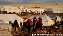 IDLIB, SYRIA - JANUARY 06: Syrians are seen at a camp which provides living space for Syrians those who escape from the war or have been forced to displaced due the attacks of Assad Regime and Russia, at Harbanush village in Idlib, Syria on January 06, 2020. After Assad regime, Russian and Iran-backed groups attacks on settlements in Idlib more than a million civilians, became homeless. Syrian refugees have difficulty in finding a living place due to the lack of camp sites, infrastructure and the excessive amount of refugees in the camps. Muhammed Abdullah / Anadolu Agency | Keine Weitergabe an Wiederverkäufer.