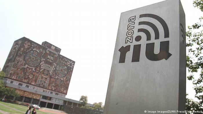 Internet en el campus de la Universidad Nacional Autónoma de México (UNAM)