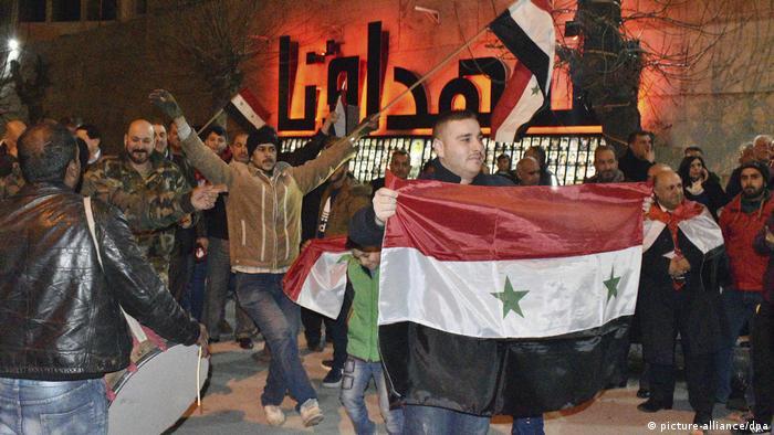 Das Leben in Aleppo nach der Eroberung der Stadt von Syrischen Truppen (picture-alliance/dpa)
