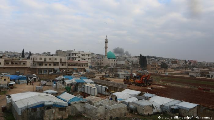 Das Leben in Aleppo nach der Eroberung der Stadt von Syrischen Truppen (picture-alliance/dpa/J. Mohammad)