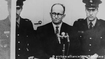 Адольф Эйхман во время суда