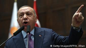 Türkei Präsident Erdogan im Parlament (Getty Images/AFP/A. Altan)