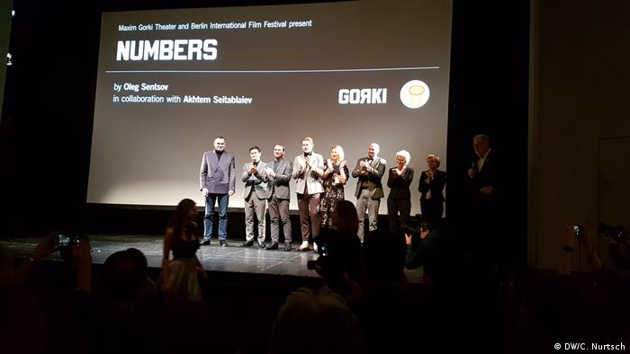 Berlin | Premiere of Numbers people on a stage
