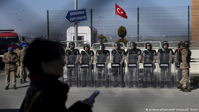Soldiers at a court in Istanbul
