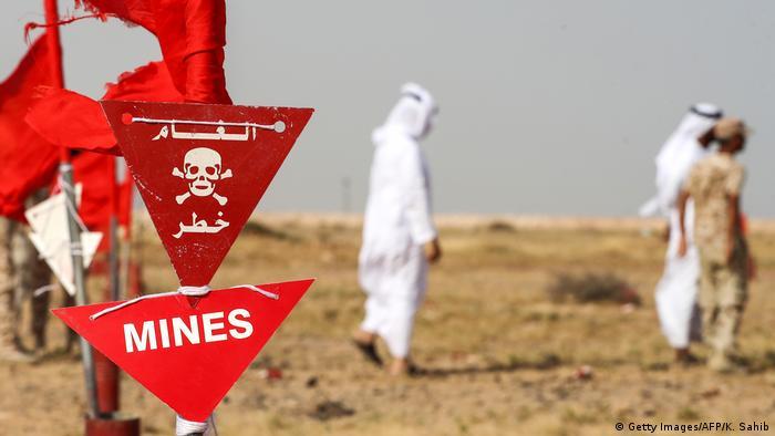 Yemen | Schild warnt vor Minen