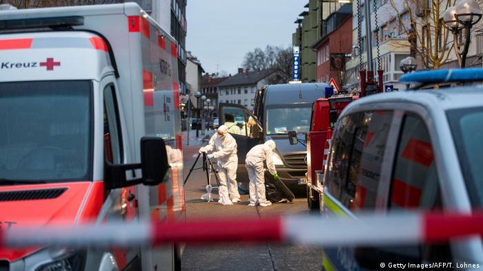 Deutschland Hanau | Schießerei & Tote, Angriff auf Shisha-Bars (Getty Images/AFP/T. Lohnes)