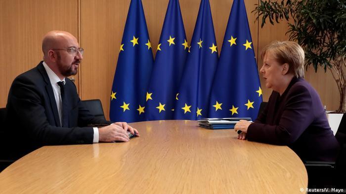Brüssel Präsident des Europäischen Rates Charles Michel Kanzlerin Merkel