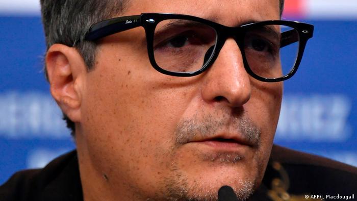 O cineasta brasileiro Kleber Mendonça Filho em coletiva de imprensa na abertura da Berlinale