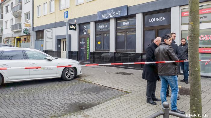 Saldırılardan ilki Midnight Cafe'ye yapıldı