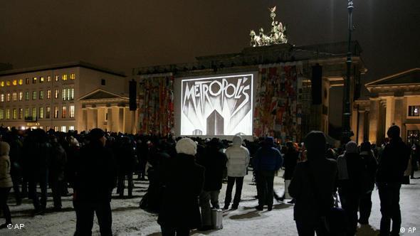 Metropolis screening at Brandenburg Gate