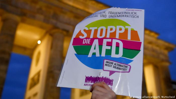 Support for far-right AfD falls after Hanau attack in Germany