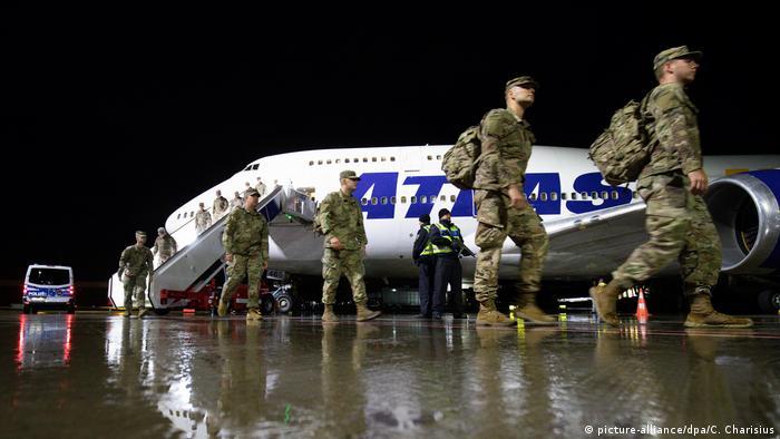 Übung noch vor Corona: US-Soldaten kommen für Defender Europe 20 in Hamburg an (Foto: picture-alliance/dpa/C. Charisius)