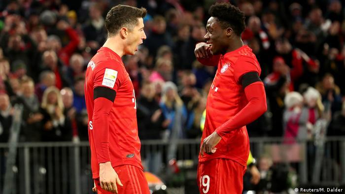 Fussball Bundesliga Bayern gegen Paderborn (Reuters/M. Dalder)