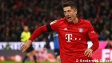 Fussball Bundesliga Bayern gegen Paderborn