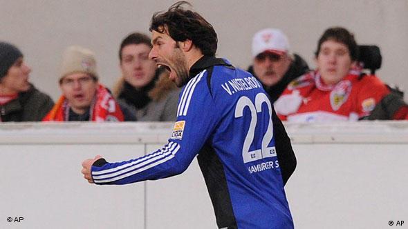 Kam, sah und traf: Nistelrooy. (apn Photo/Daniel Maurer)