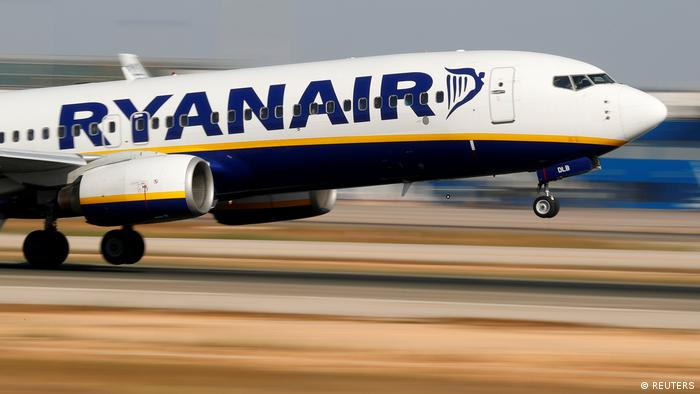 FILE PHOTO: A Ryanair Boeing 737 takes off at Palma airport (REUTERS)
