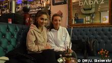Bonn Reportage Stimmung Shisha-Bar Aufgenommen am 21.02. Baba'z Shisha-Bar Bonn Vicky D. (links), Gast