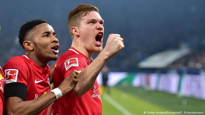 Bundesliga: Leipzig hot on Bayern's heels after champions' performance at Schalke
