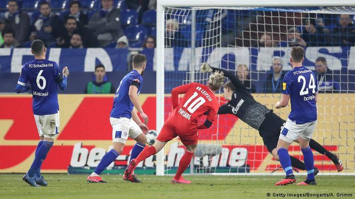 Fußball Bundesliga   Schalke 04 v RB Leipzig   Tor (0:5) (Getty Images/Bongarts/A. Grimm)