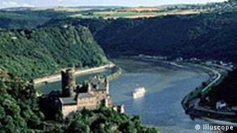Rhein mit Loreley in St. Goarshausen