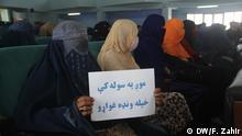 Afghanistan Chost   Frauen fordern Rechte in Gesprächen mit Taliban