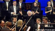 Sir Simon Rattle and the London Symphony Orchestra in Bonn ( Barbara Frommann)