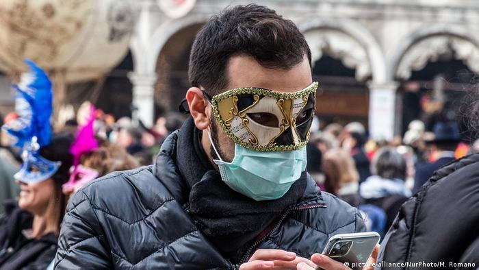 Italien Coronavirus | Karneval von Venedig (picture-alliance/NurPhoto/M. Romano)