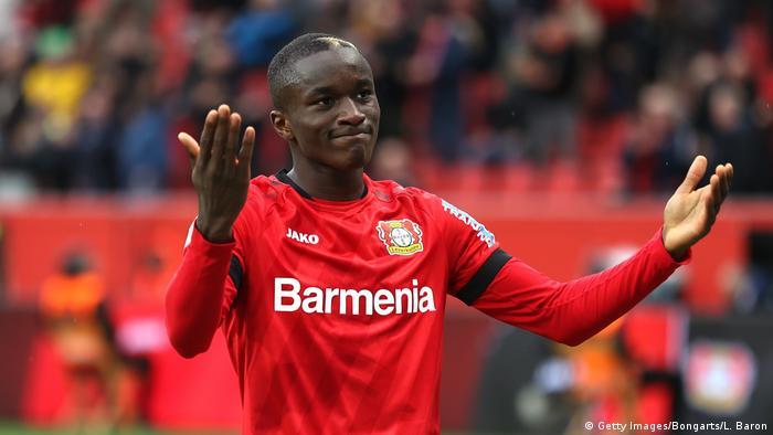 Moussa Diaby führt Leverkusen zum Sieg