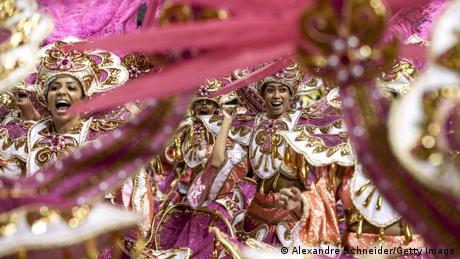 Brasilien: Karneval in Sao Paulo und Rio de Janeiro (Getty Images/A. Schneider)