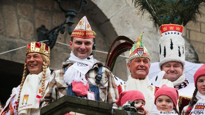 Das diesjährige Kölner Dreigestirn konnte noch ausgiebig den Karneval genießen (Foto: picture-alliance/dpa/O. Berg)