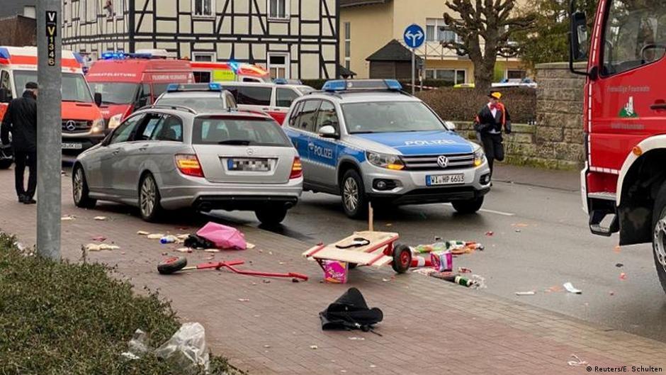حادث دهس مشاركين في كرنفال وسط ألمانيا.. ما خلفياته؟