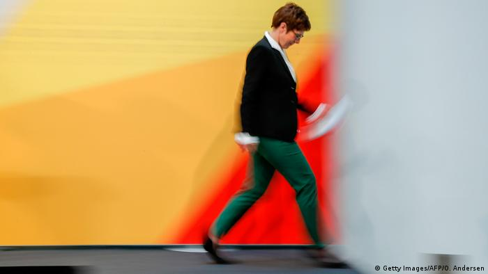 Annegret Kramp-Karrenbauer (Getty Images/AFP/O. Andersen)