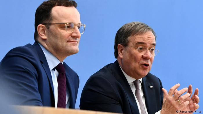 Jens Spahn und Armin Laschet at a press conference in Berlin