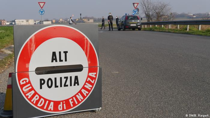Italien Mailand Coronavirus | Straßensperre in der Nähe von Cordogno