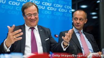 Δύο εντελώς διαφορετικοί τύποι πολιτικών. Ο Λάσετ (αριστερά) έχει κυβερνητική εμπειρία ως πρωθυπουργός της Ρηνανίας Βεστφαλίας