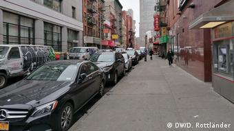 Με λουκέτο απειλούνται τα εστιατόρια της Chinatown